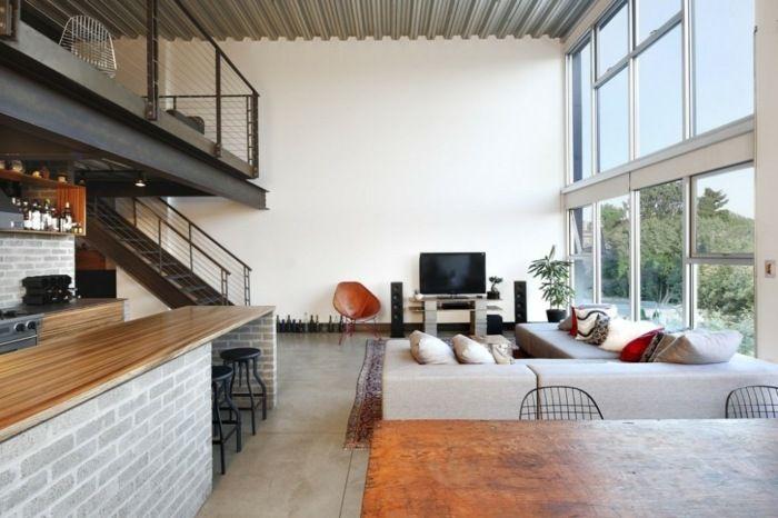 Wunderbar Apartment Im Industriellen Stil   Das Moderne Wohnzimmer Mit Großen Fenstern