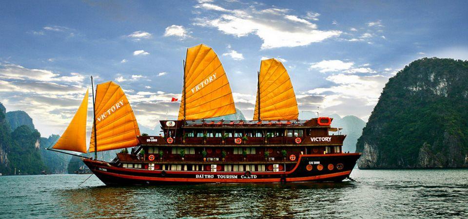 Pin by Jill Diedrich on A natureza e as pessoas | Halong bay vietnam, All  inclusive cruises, Vietnam travel
