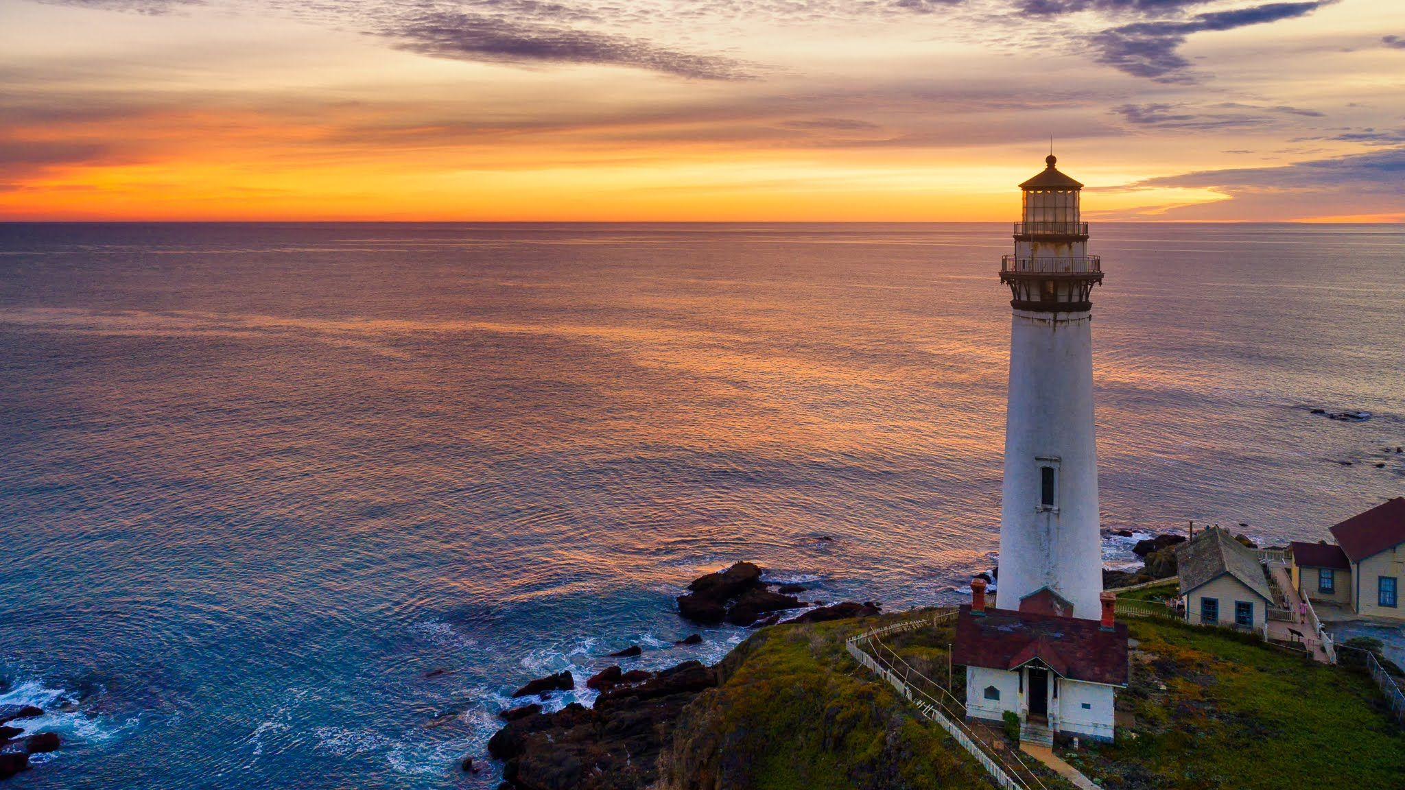 Google Hangouts Sunset, Lighthouse