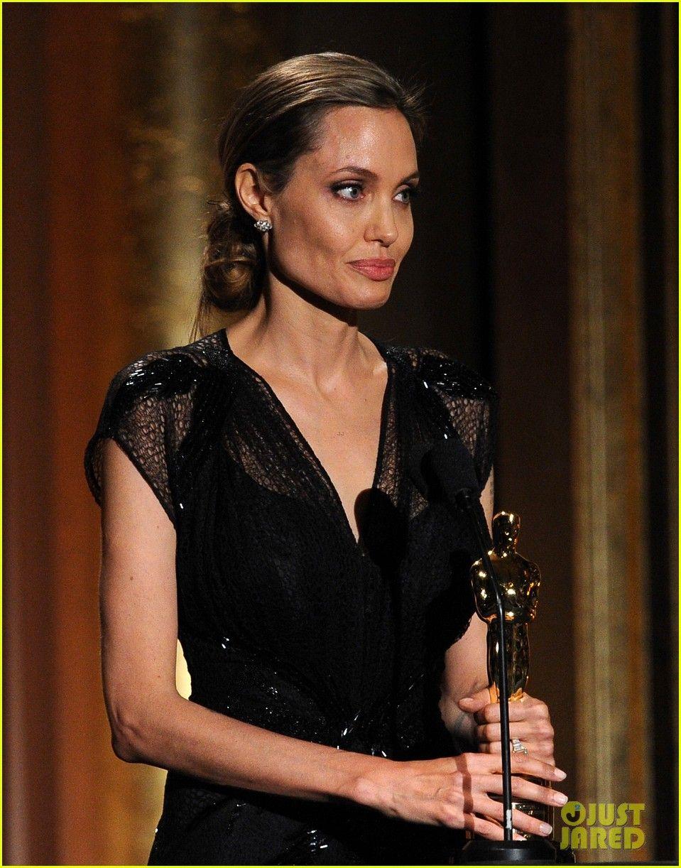 Video Angelina Jolie nudes (56 foto and video), Topless, Is a cute, Selfie, bra 2006