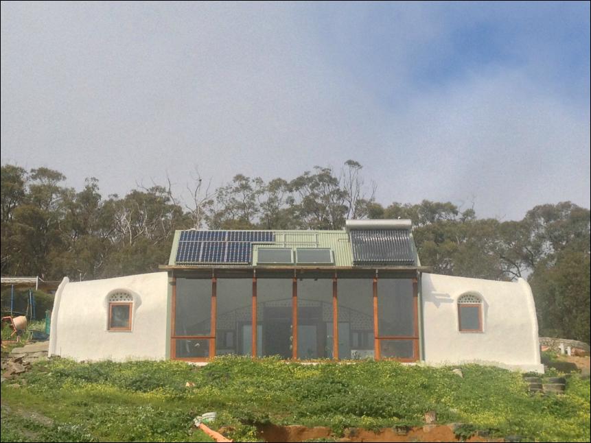 Earthship Ironbank South Australia Kuce Za Osmeh I Za Lepsi Dan