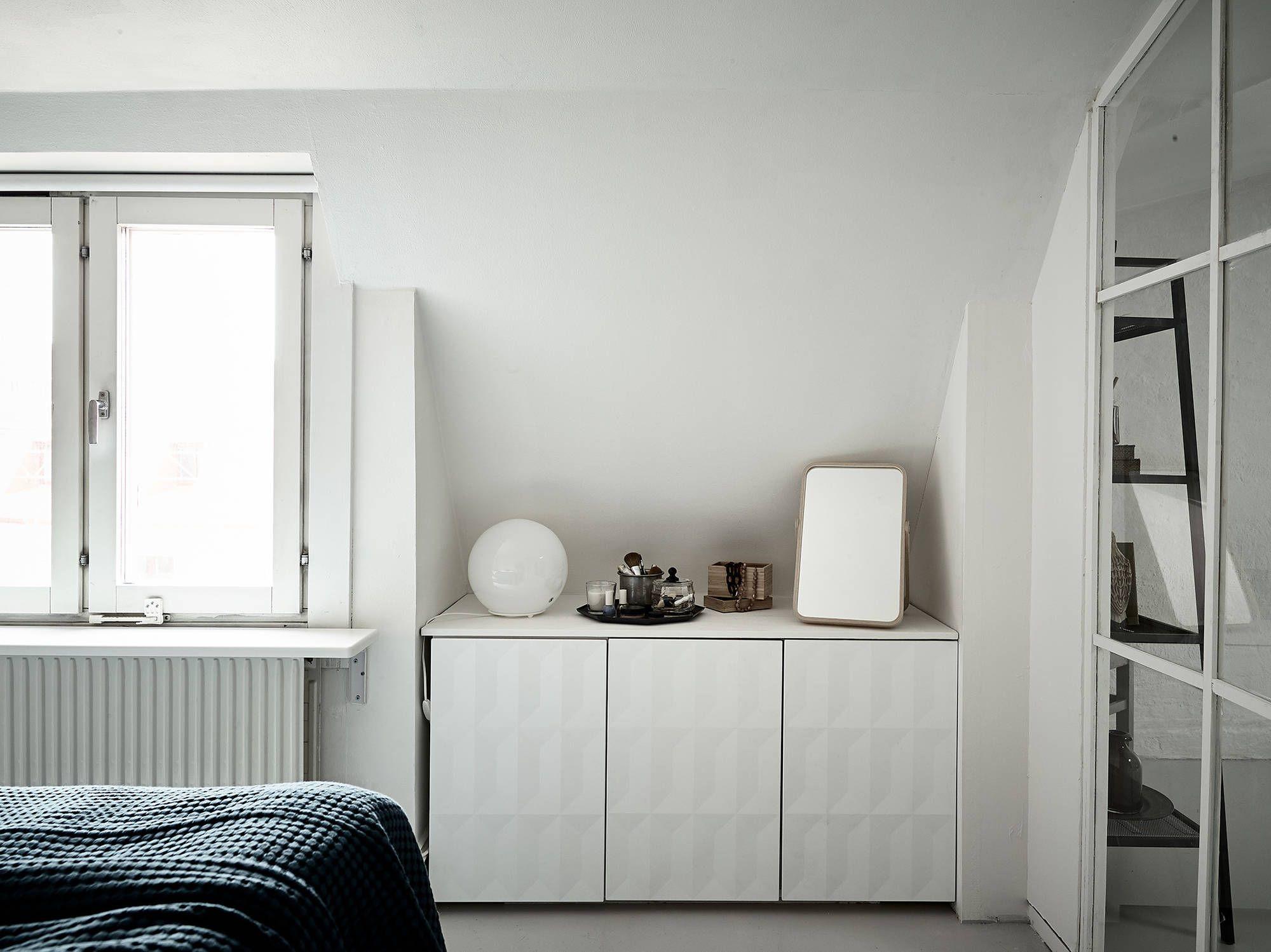 Glazen Wand Slaapkamer : Slaapkamer met een glazen wand met stalen witte kozijnen