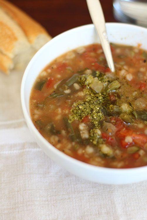 Crockpot Vegetarian Garden Vegetable Soup With Pesto Panera Copycat Vegetable Soup Recipes Panera Vegetable Soup Recipe Garden Vegetable Soup