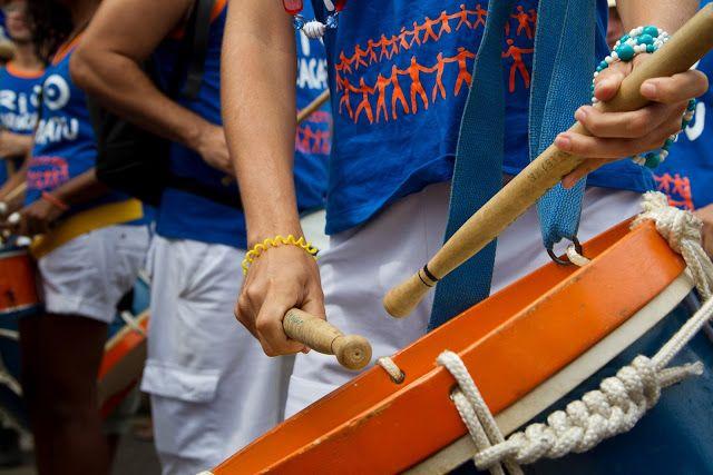 Alunos do Rio Maracatu fazem esquenta para o carnaval
