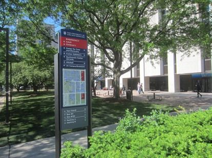The University Of Chicago Medicine Pedestrian Directional Map Digital Signage The University Of Chicago Wayfinding