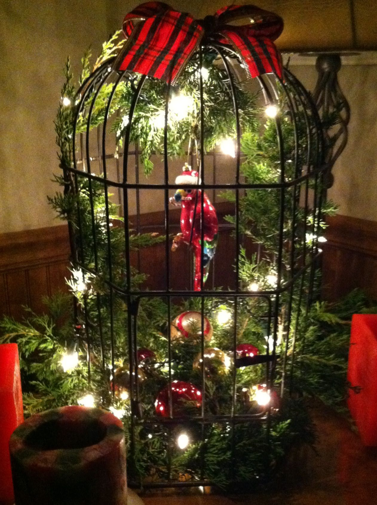 Christmas birdcage decoration with glass red parrot on for Cage d oiseau decorative
