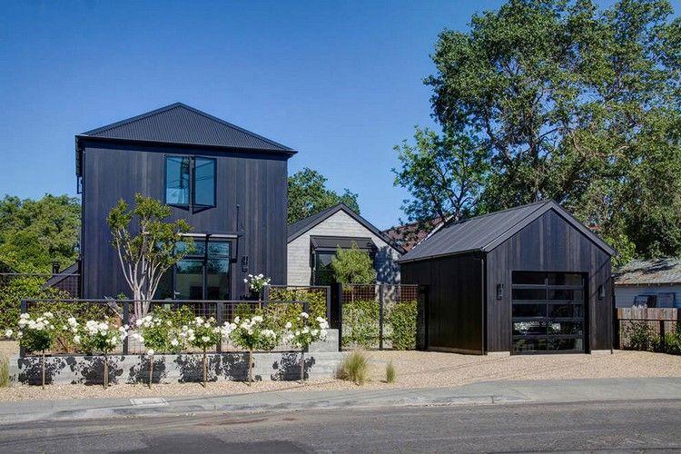 Modernes Bauernhaus schwarze fassadenverkleidung für ein modernes bauernhaus