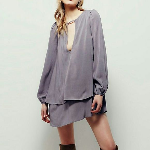 Free People Beck mini dress NWT Size Small Brand new, layered chiffon dress in Wood Ash color, a grayish purple. Keyhole neckline, elastic cuffs. Free People Dresses Mini