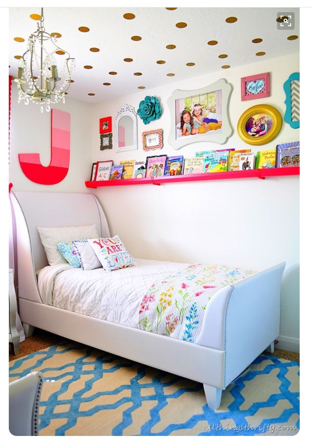 Girl S Bedroom Love The High Wall Railing For More