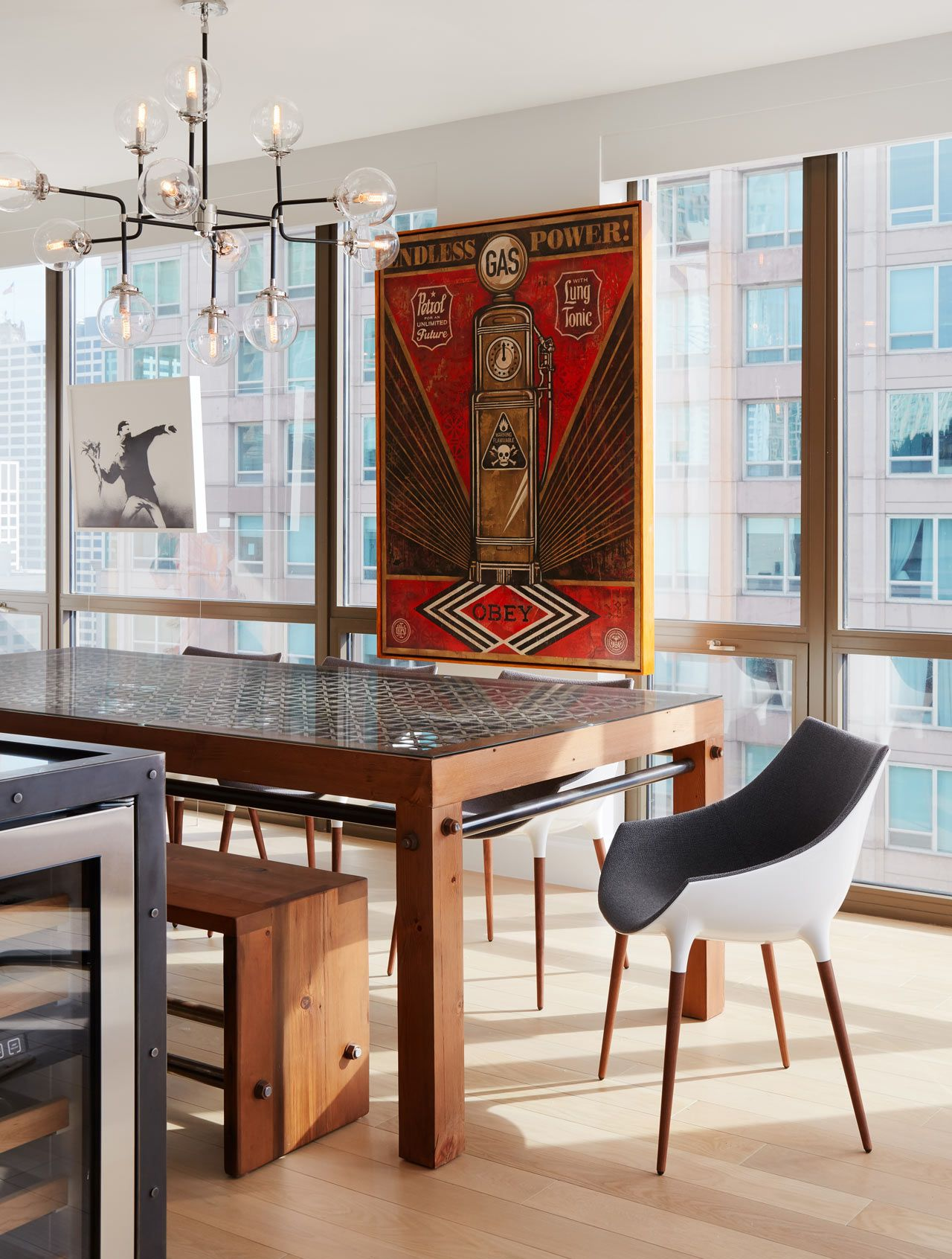A Downtown Chicago Bachelor Pad For A Mathematician Dining Tables - Table pads chicago
