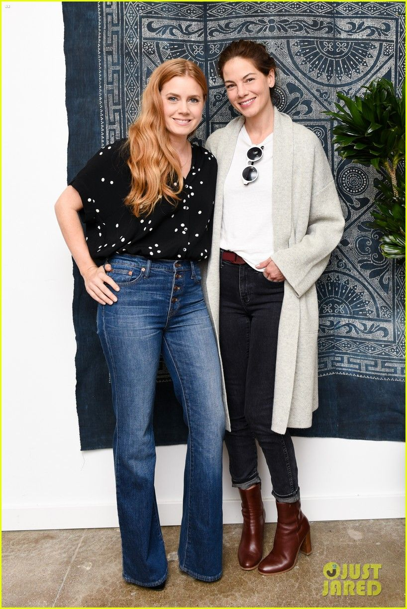 67654c737 I really enjoy both of these outfits! Love Amy s jeans and flow top ...