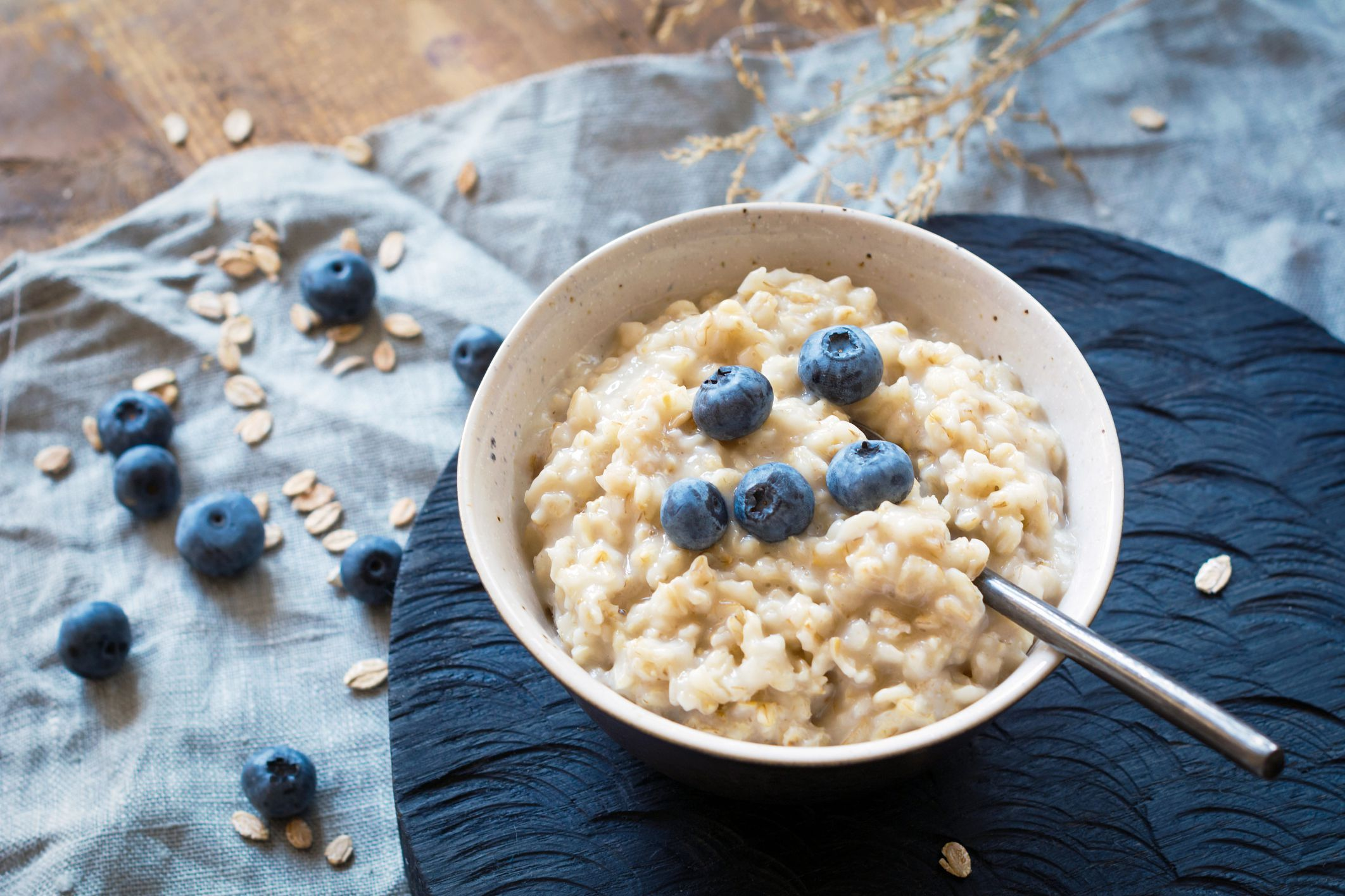 Is Oatmeal GlutenFree and Can Celiacs Eat Oats? Foods
