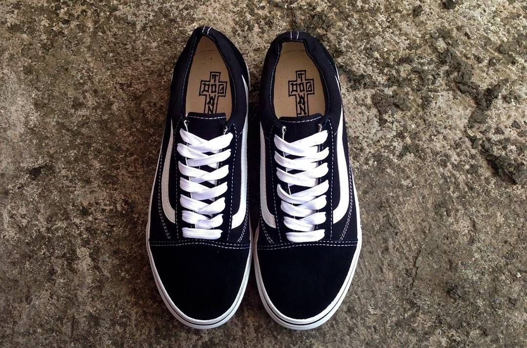 Vans oldskool bnw dogtown PREMIUM DT ○ Size available: 36 ...