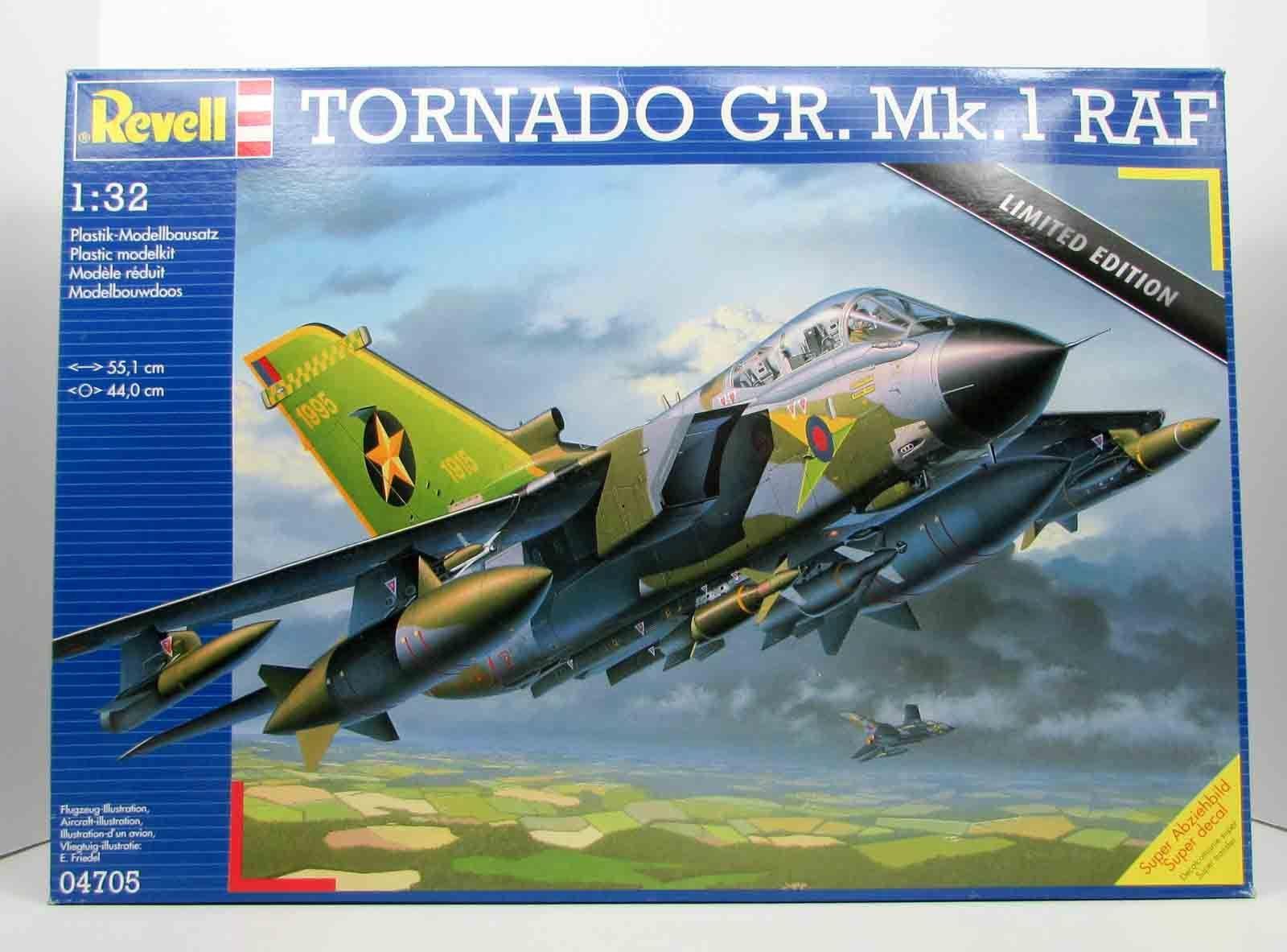 Tornado GR. Mk. 1 RAF Revell 04705 1/32 Airplane Model Kit