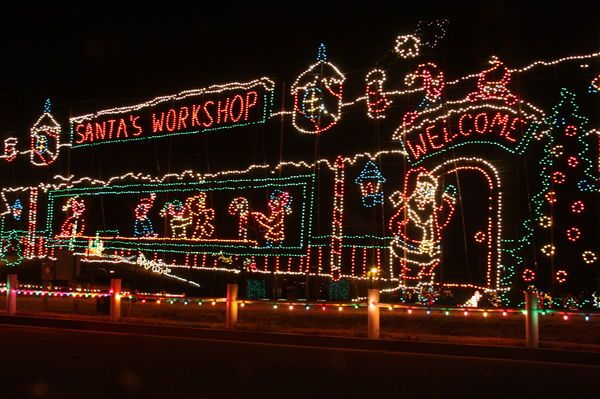 Where To See Christmas Lights In Los Angeles