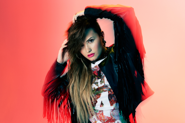 #popstar #face #eyes #lips #smile #beautiful #woman #girl #young #cute #smile #demi #demetria #lovatic #staystrong #demi #demilovato #lovatics #singer #beauti #famous #Demetria #Devonne #darck #magazine #2013 #YOUMAGAZINE