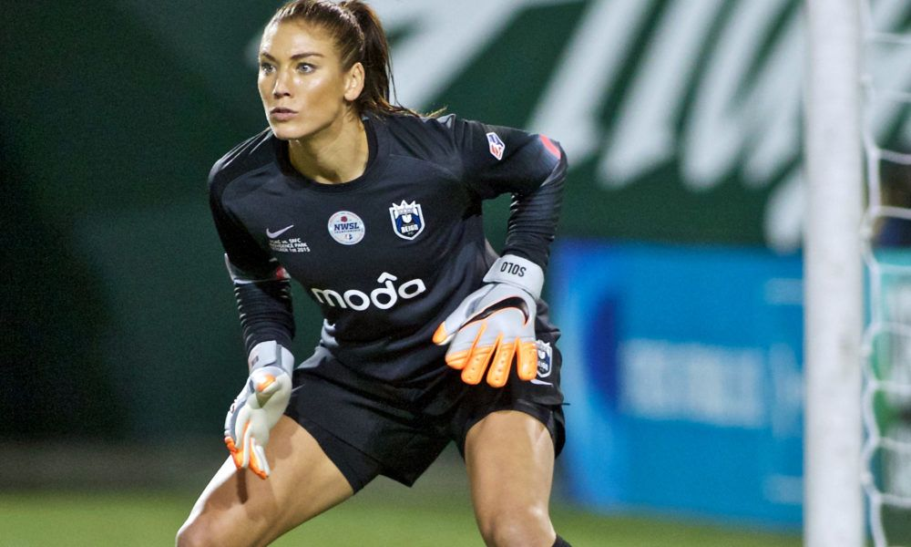 Goalkeeper Hope Solo Says She Has No Regrets About Bumpy Exit From Uswnt Hope Solo Usa Soccer Women Womens Soccer