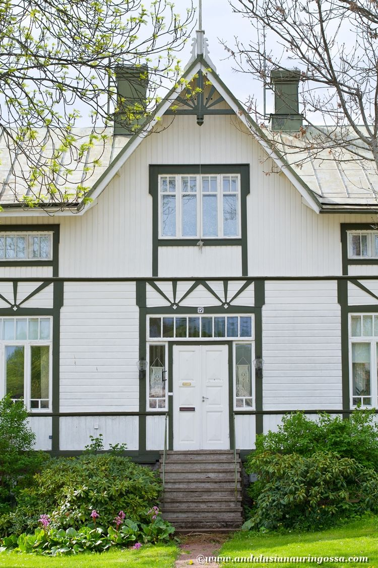 Oh, the charming villas of Mariehamn, Åland <3 #travelblog #travelphotography #Mariehamn #Åland #Aland #visitåland #wanderlust #exploretheworld #visitfinland