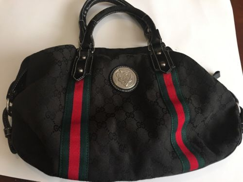 #Trending - VINTAGE Gucci GG Monogram Canvas Black With Red Green Italian Stripe CREST-SATCH https://t.co/Ysi640ZUvt