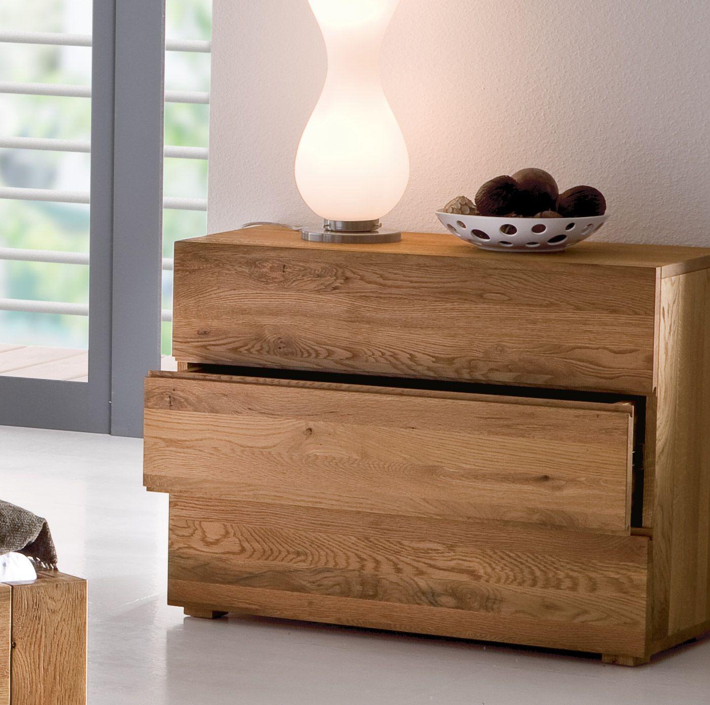 hochwertige kommode natura aus massivem eichenholz mit drei gro en schubladen. Black Bedroom Furniture Sets. Home Design Ideas
