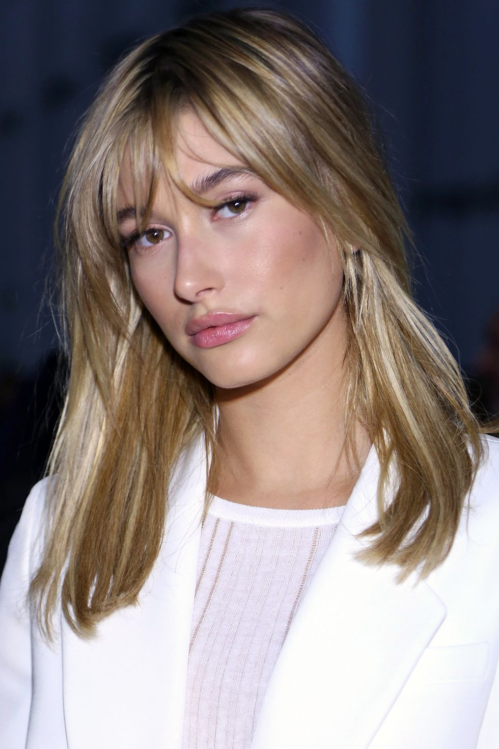 best medium hairstyles celebrities with shoulder length