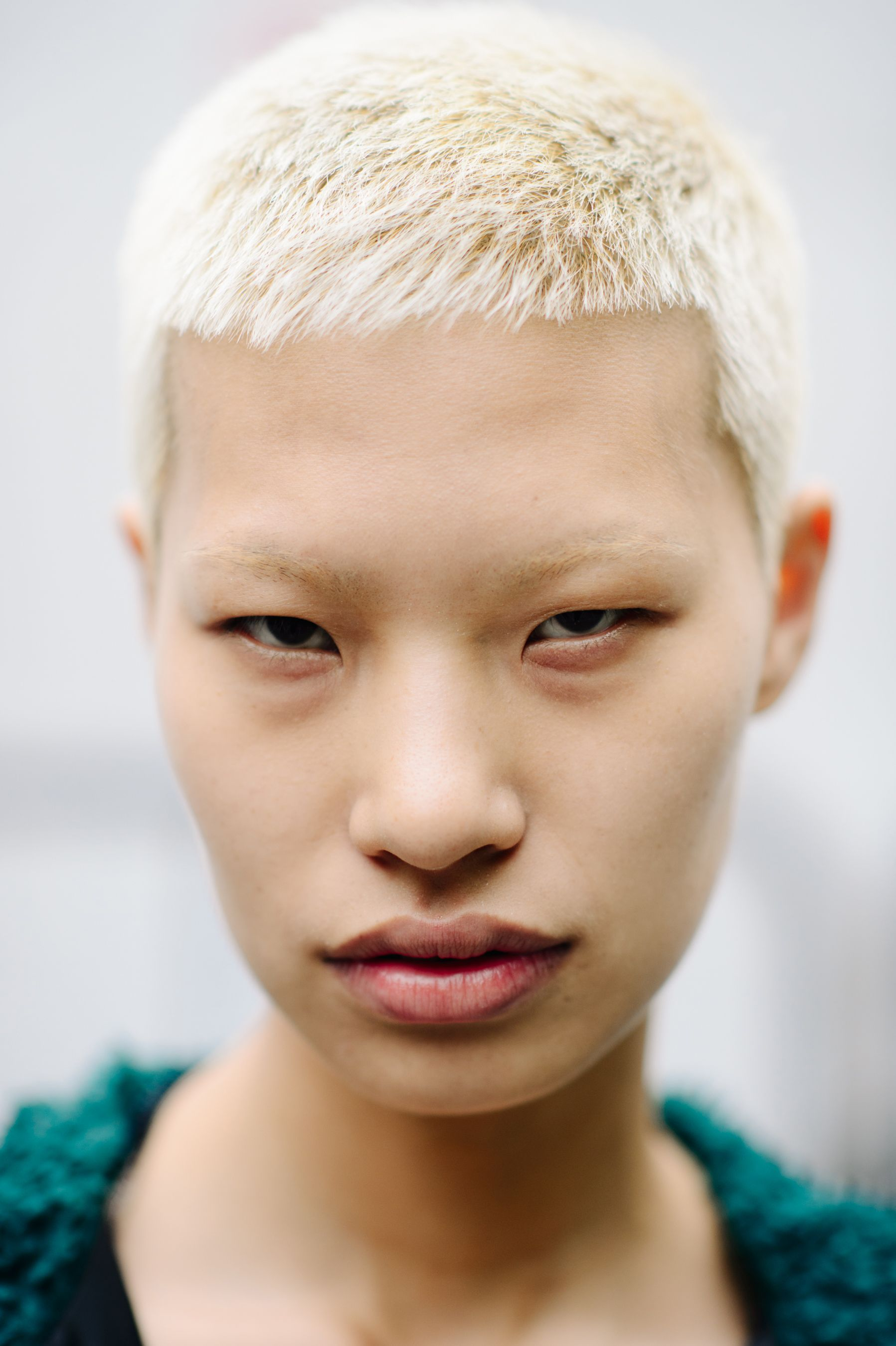 явление природы, азиаты альбиносы фото есть для корректного