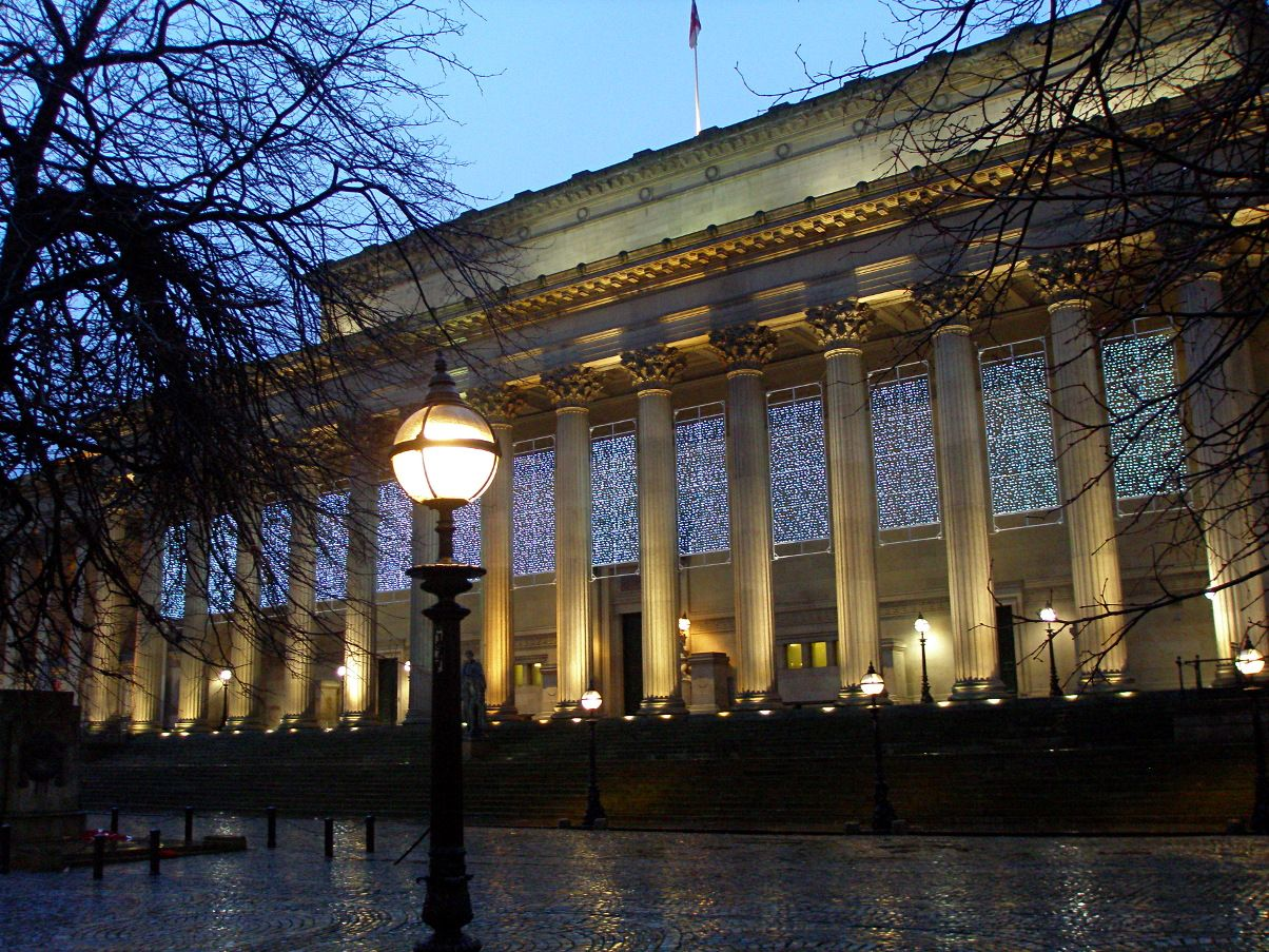 Taken on 31/12/12 on a rainy afternoon in Liverpool, St Georges Hall lit up for the festivities.