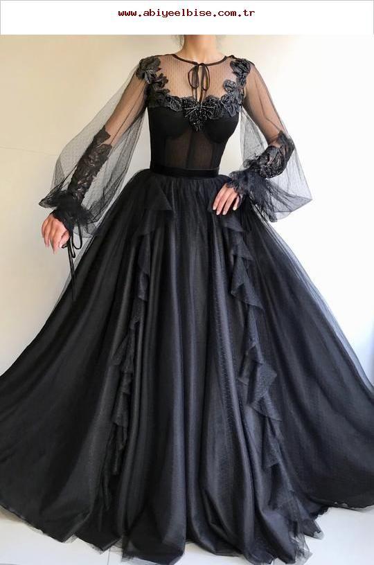 Details  Schwarzes Kleid  Tüllstoff mit Punkten  Handgefertigte Stickerei , details
