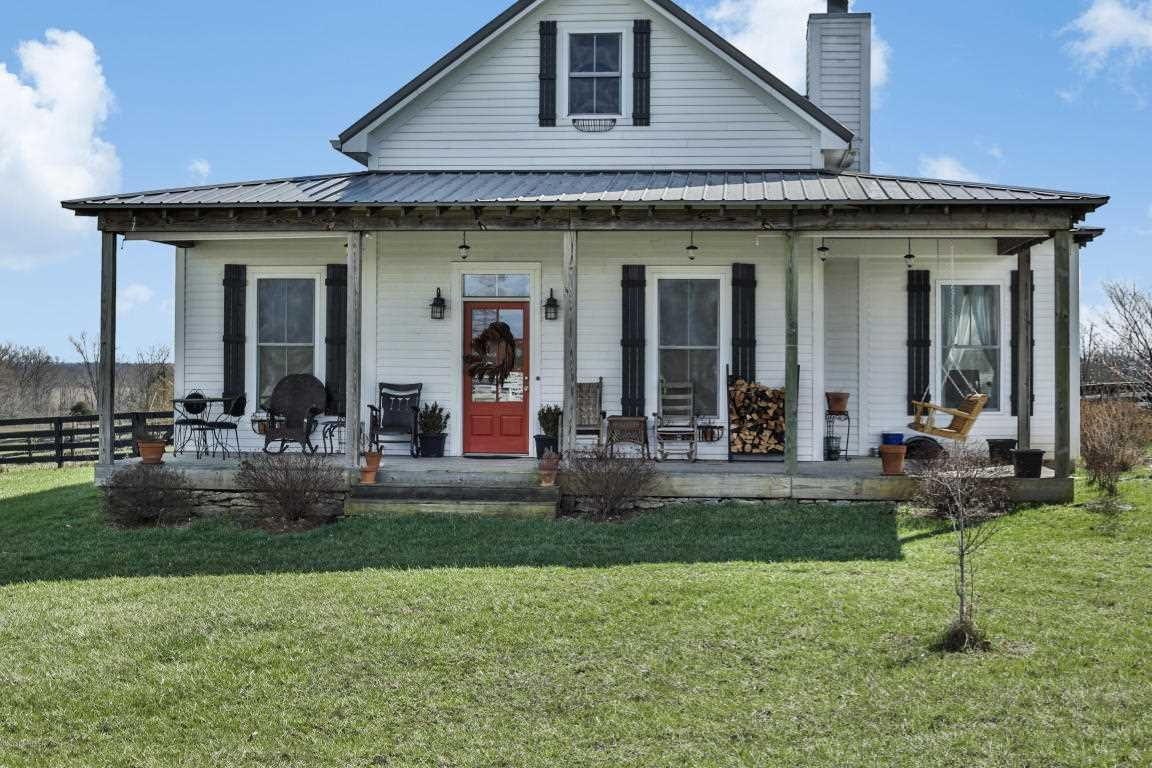 Henry County Ky Realtors Ky Homes And Farms Real Estate Cottage Plan Real Estate Cottage