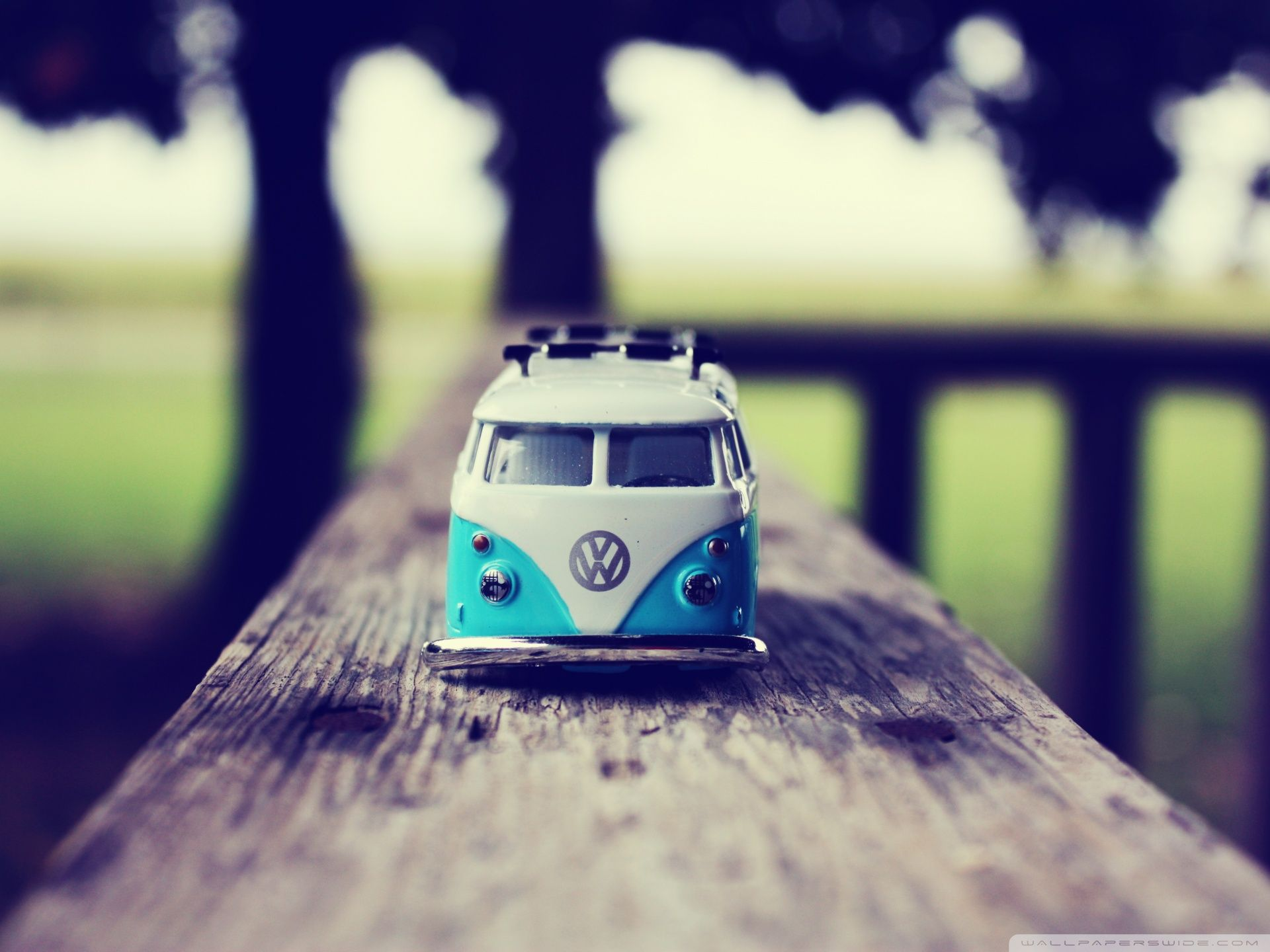 Vans iphone wallpaper tumblr - Little Volkswagen Bus Bulli Toy Wallpaper Iphone Backgroundsiphone Wallpaperstumblr