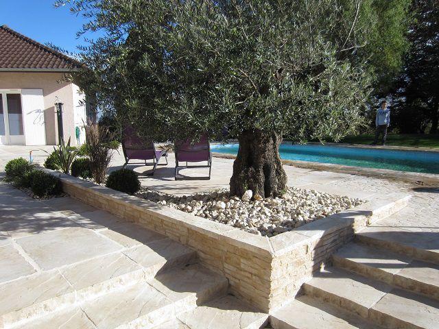 Vous rêvez d\u0027une terrasse bois pour embellir les abords de votre - construction terrasse en bois sur parpaing