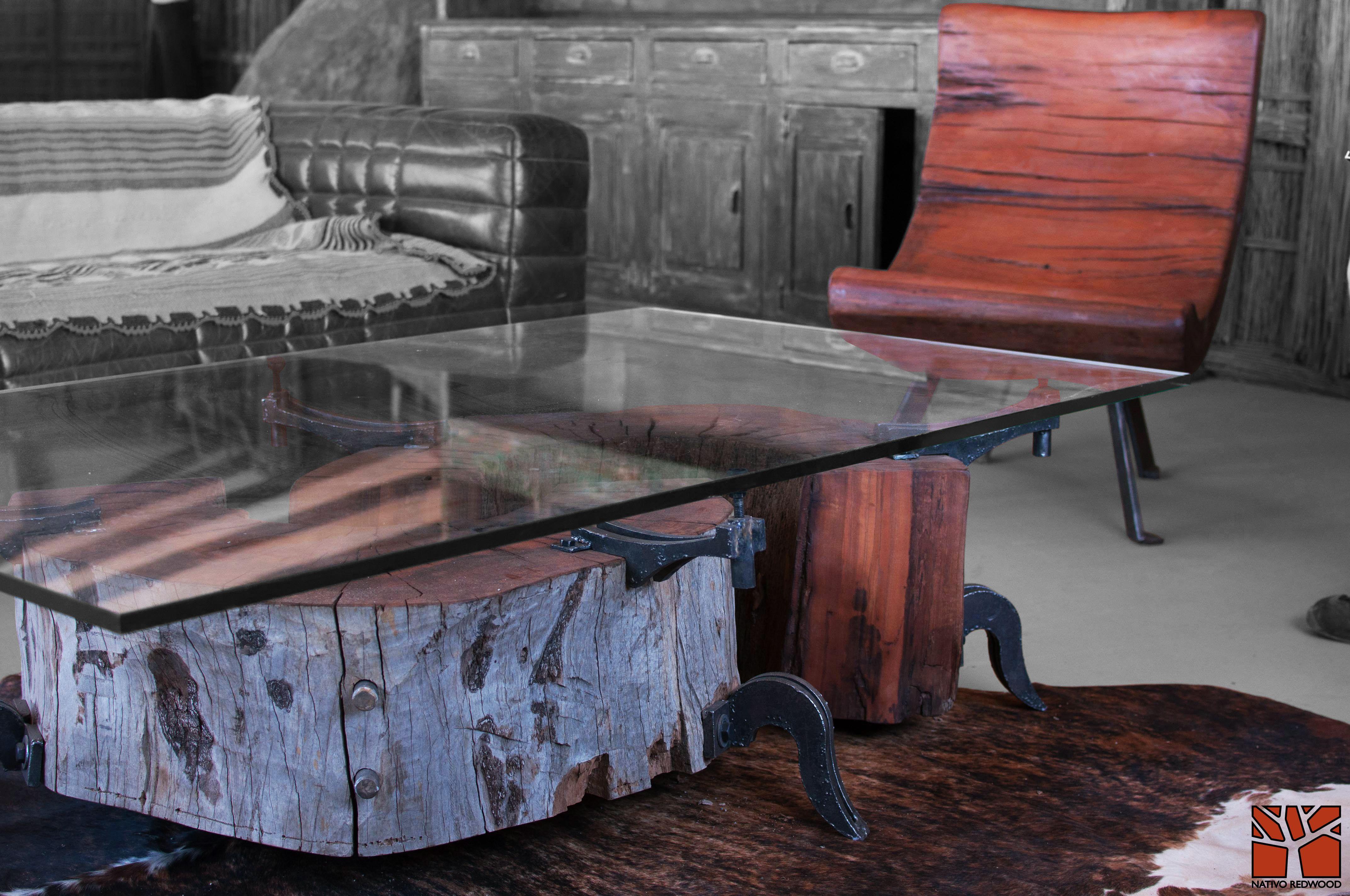 Nativo redwood sitial de tronco de roble r stico de una - Clavos de cobre ...
