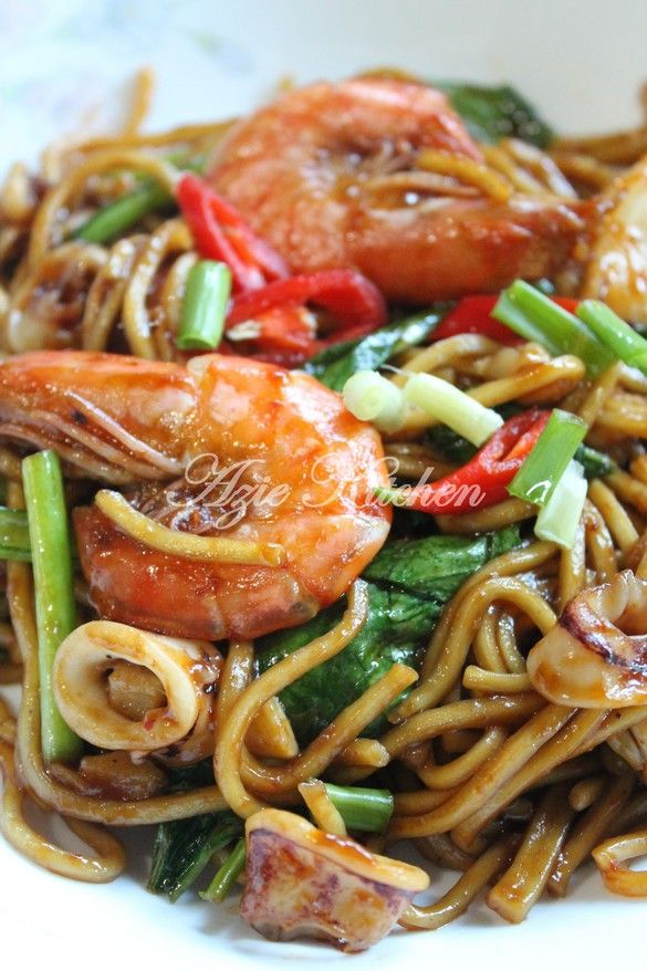 Azie Kitchen Mee Goreng Sedap Pujaan Hati Asian Noodle Dishes Yummy Noodles Noddle Recipes