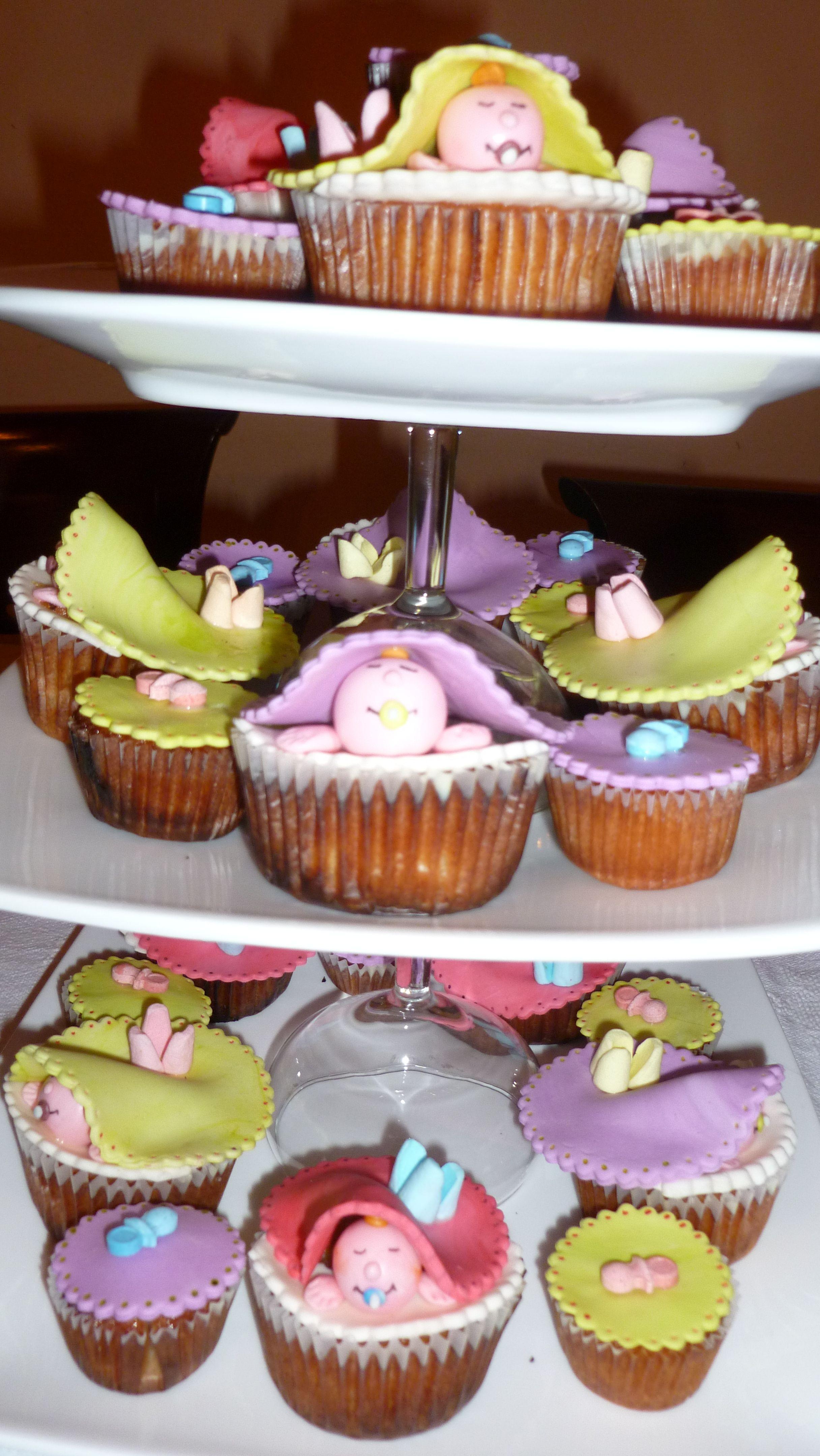 Cupcakes para Baby shower d niña