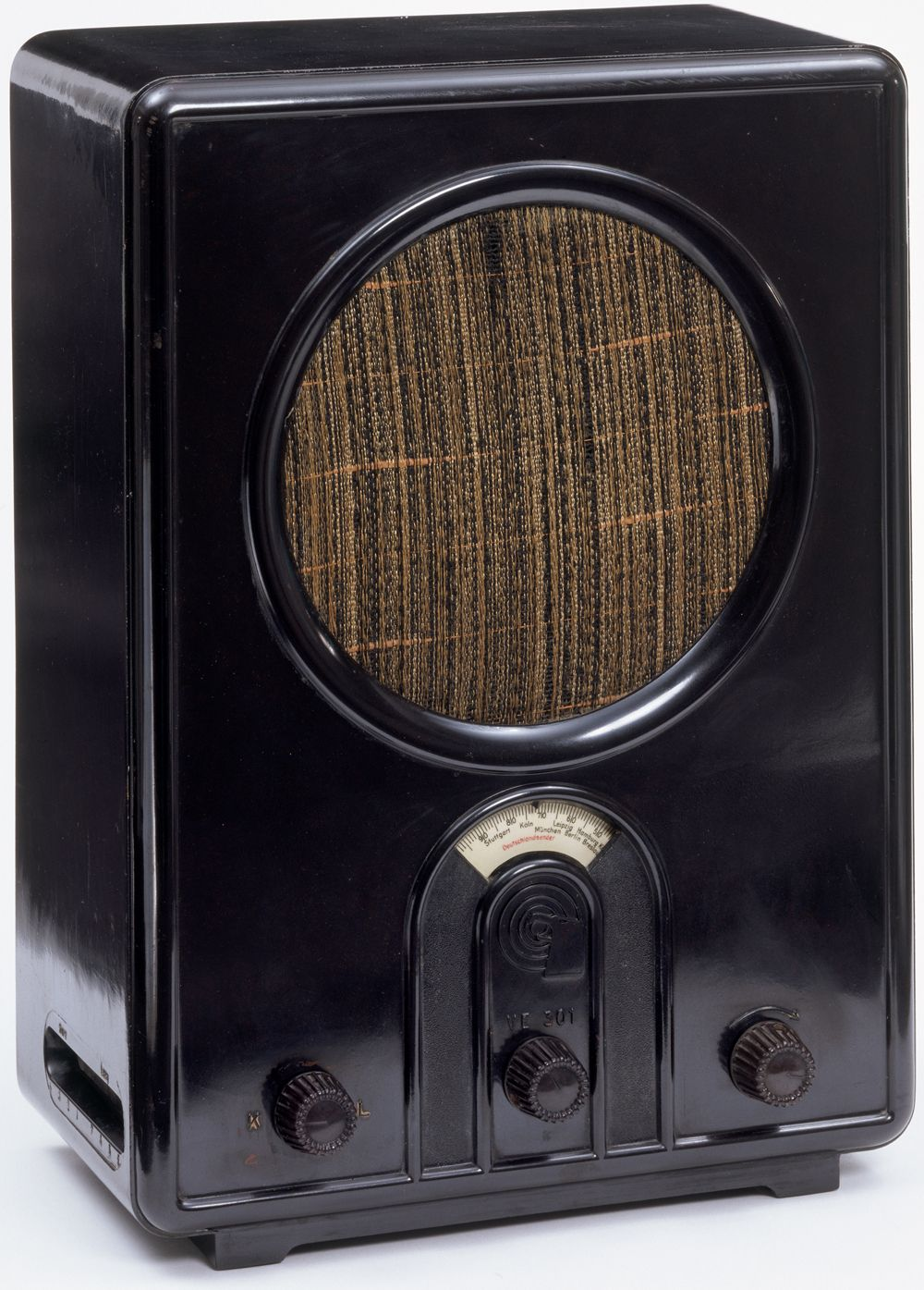 'Volksempfänger radio VE 301 W', Walter Maria Kersting