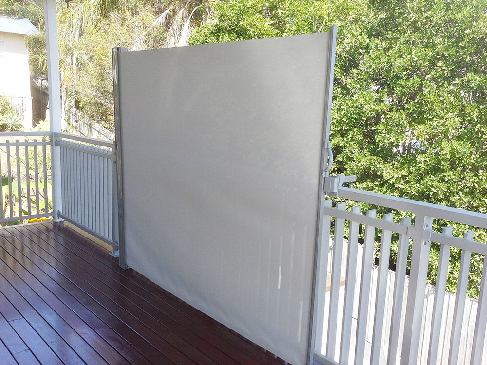 Keep your privacy on your balcony or deck. Portable ...