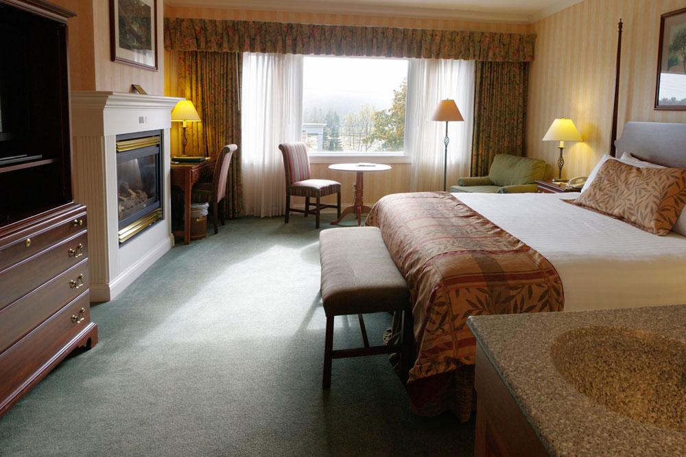 Luxury Guestrooms Stoweflake Mountain Resort & Spa