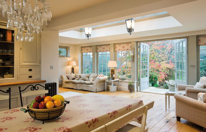 I love the atmosphere in this room bringing the garden for Orangery kitchen