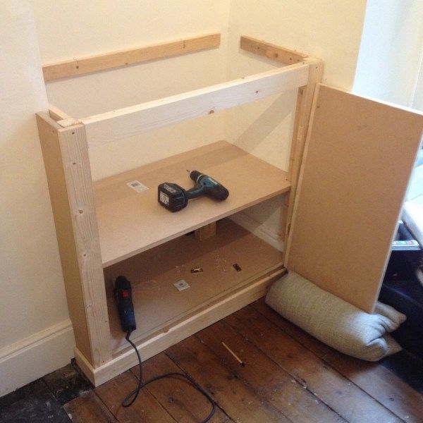 Building a victorian alcove cupboard part 1 alcove for Front room storage