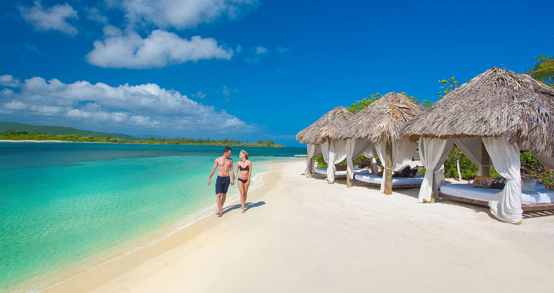 Montego Bay #jamaica #montegobay #beach #summer #nowdwstinations #wedding #relax #sun #couples