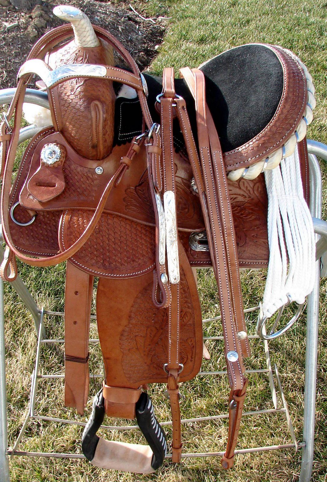 Pin by Jessica Cross on Horse Tack | Pony saddle, Western saddles