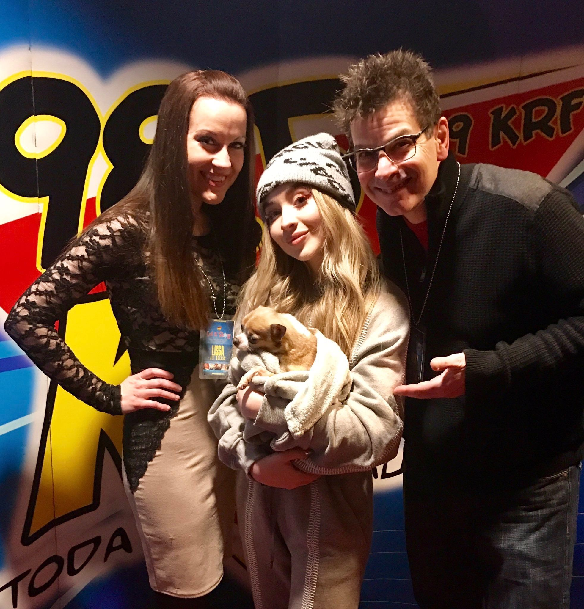 2018 Sabrina Carpenter backstage with radio personalities