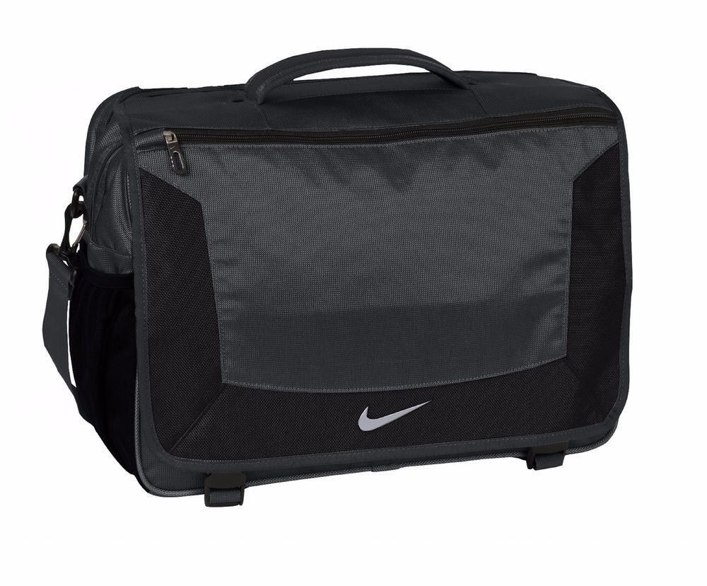 "Nike Golf Elite Premium 15"" Laptop / MacBook Pro Business"