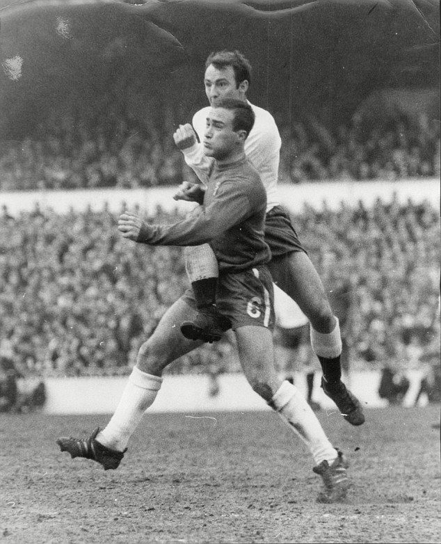 Mid 1960s  Spurs Jimmy Greaves and Chelsea defender Ron 'Chopper