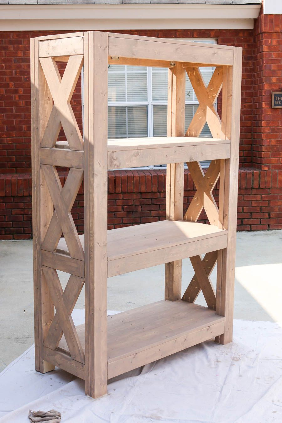 DIY Bookshelf with Simpson Strong-Tie® | Diy wood projects ...