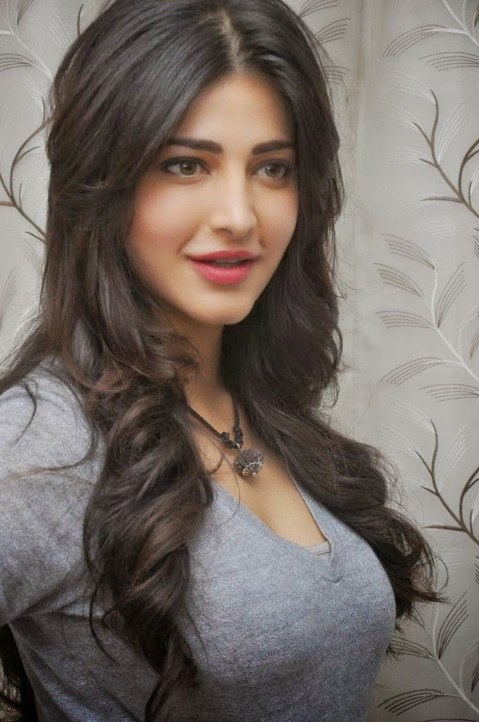 Shruti Hassan In Pimple Dimple Song Hot Hd Wallpaper Wallpapersbyte