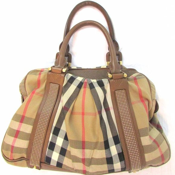 373f4dfa0958 Burberry classic check knight shoulder handbag 100% authentic! Pre-owned  some signs of wear and broken outside zipper. Length  18 inches