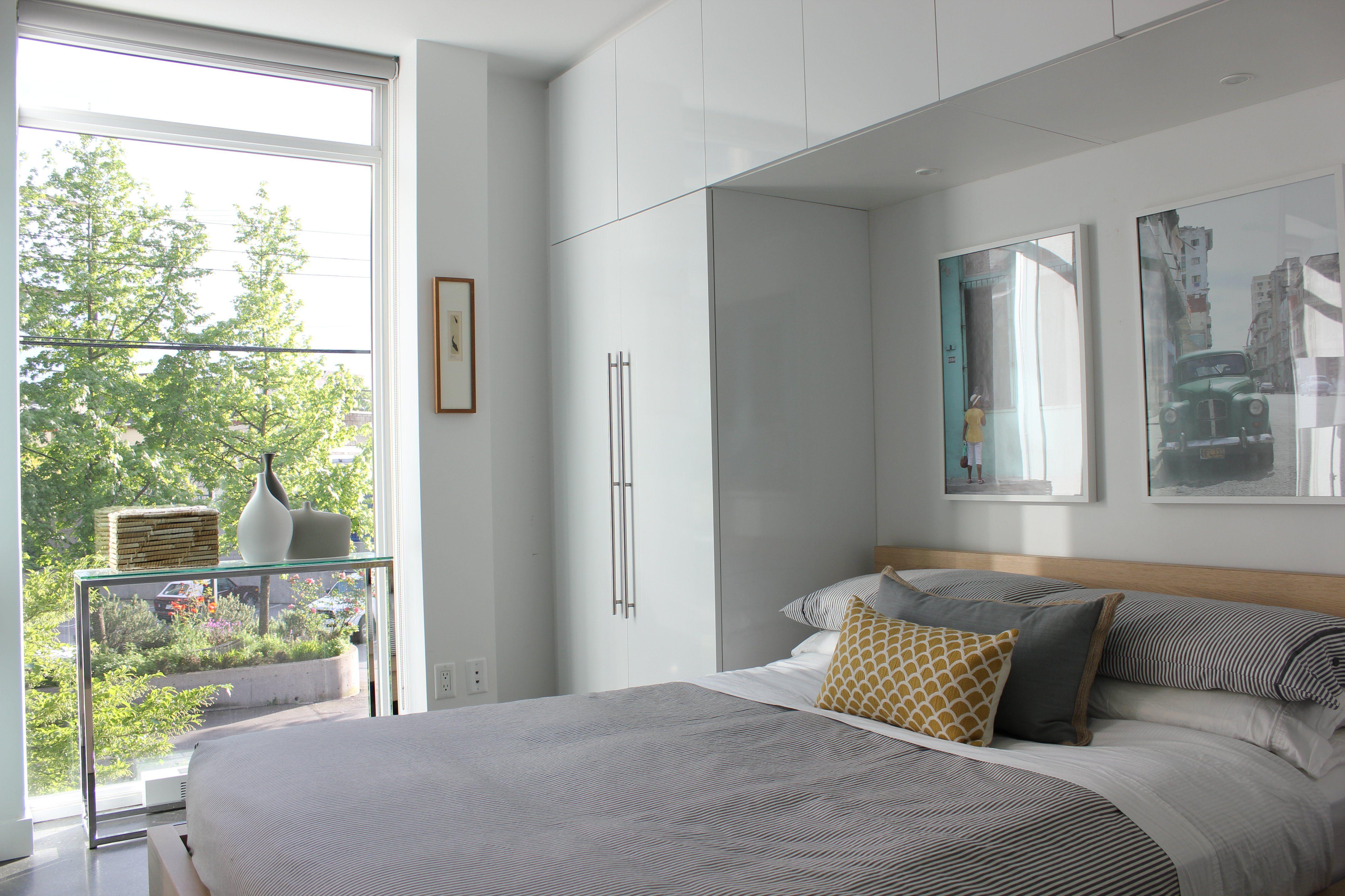 7 ideas para ganar espacio en tu dormitorio ideas - Plaqueta decorativa barata ...