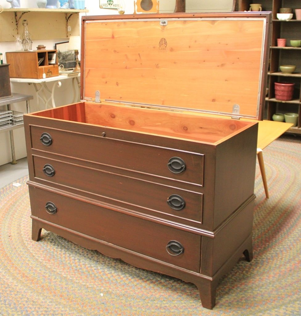 Vtg Lane Cedar Chest (SOLD)