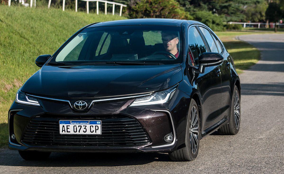 Critica Toyota Corolla 2 0 Seg Cvt 2020 En 2020 Toyota Corolla Toyota Autos Deportivos De Lujo